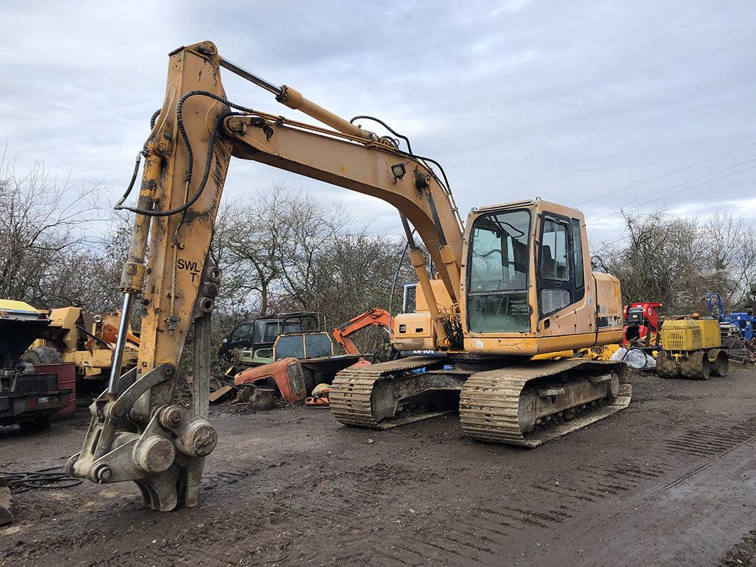 Hyundai 140 excavator 1